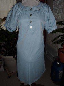 robe à encolure et manches passepoilés dans femme CIMG0512-225x300